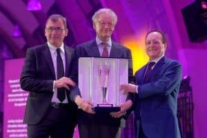 Weinmythos Ornellaia Empfänger des Premio Internazionale Vinitaly 2019