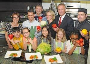 Kinder kochen gesund mit Profis
