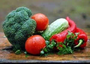 Mehr bayerisches Obst und Gemüse für die Gemeinschaftsverpflegung dank Saisonkalender