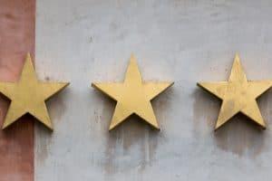 Neue Kriterien für die Deutsche Hotelklassifizierung: Hotelsterne rücken Digitalisierung und Nachhaltigkeit in den Fokus