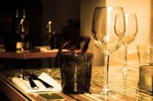 Die Restaurants Handwerk und UNO spendieren bei Einlösung des Wiener Gastro-Gutscheins zwei Getränke pro Person