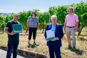 Weingut der Landeshauptstadt Stuttgart ist Bioland zertifiziert