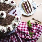 Schwarzwälder Kirschtortenfestival kommt nach Hause in die Küche